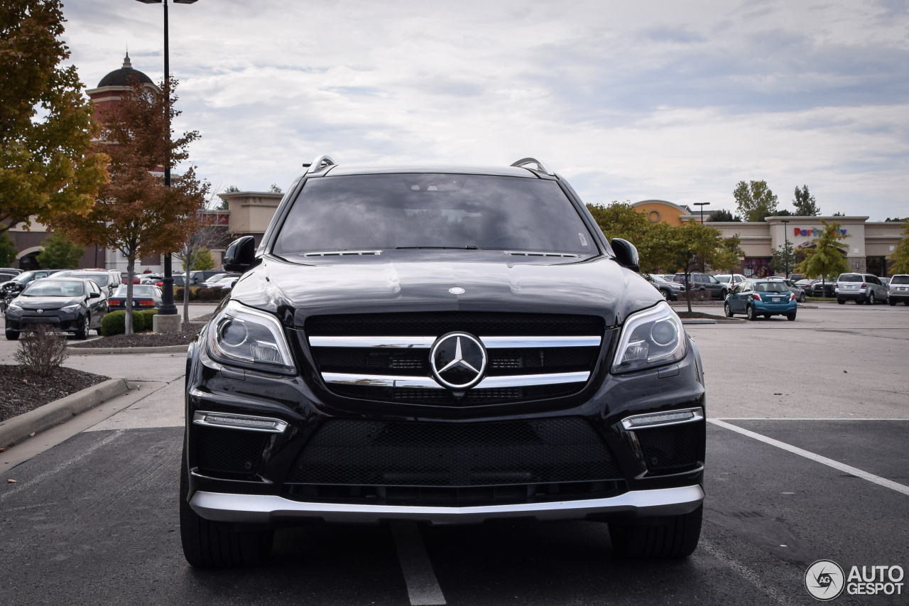 mercedes benz gl 63 amg x166 2 november 2016 autogespot. Black Bedroom Furniture Sets. Home Design Ideas