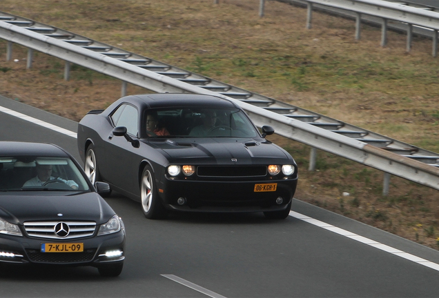 Dodge Challenger SRT-8 500