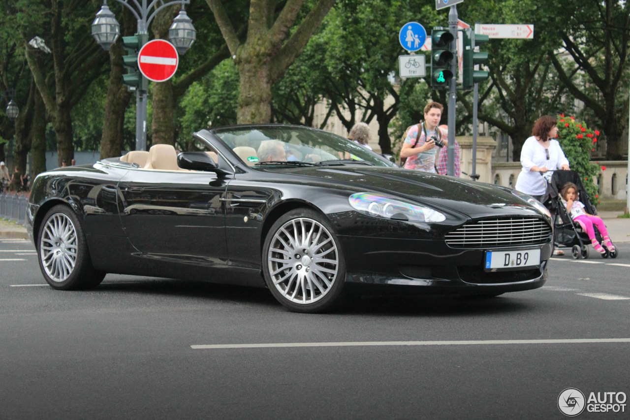 aston martin db9 volante 21 november 2016 autogespot. Black Bedroom Furniture Sets. Home Design Ideas