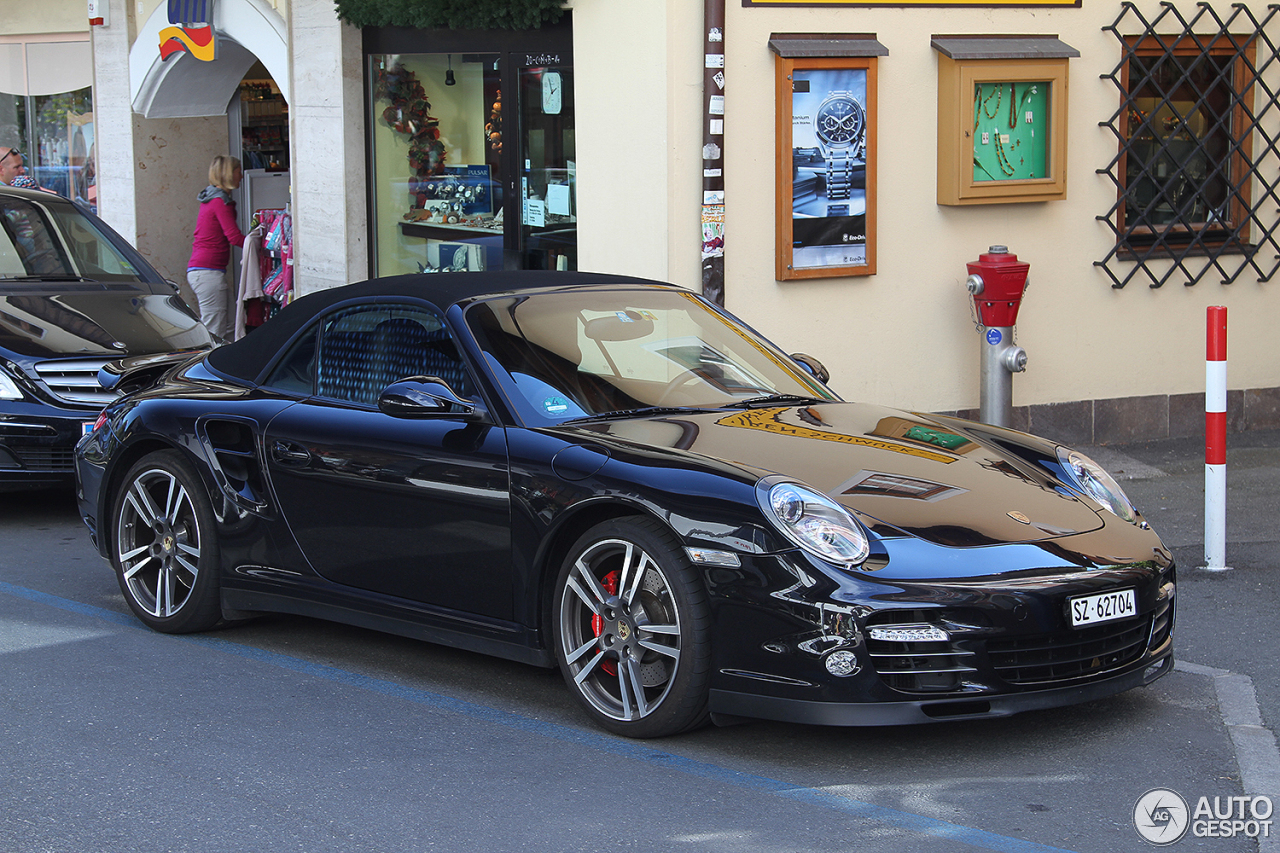 porsche 997 turbo cabriolet mkii 24 november 2016 autogespot. Black Bedroom Furniture Sets. Home Design Ideas