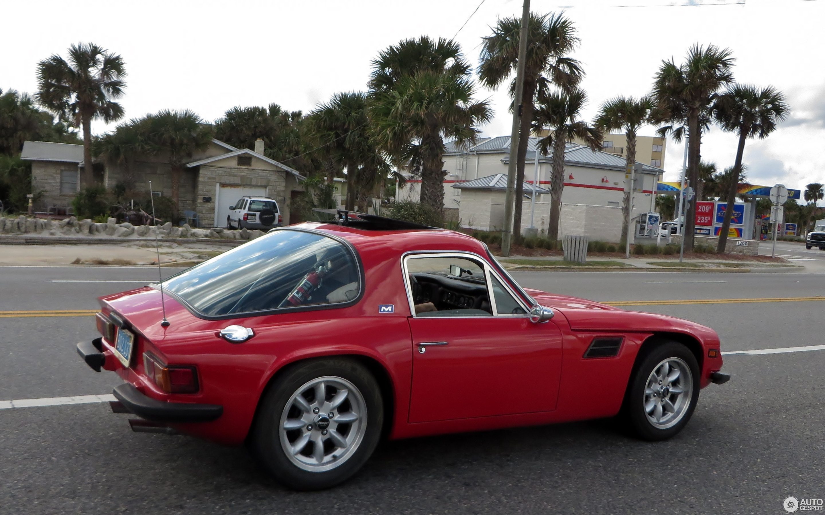 TVR 2500M