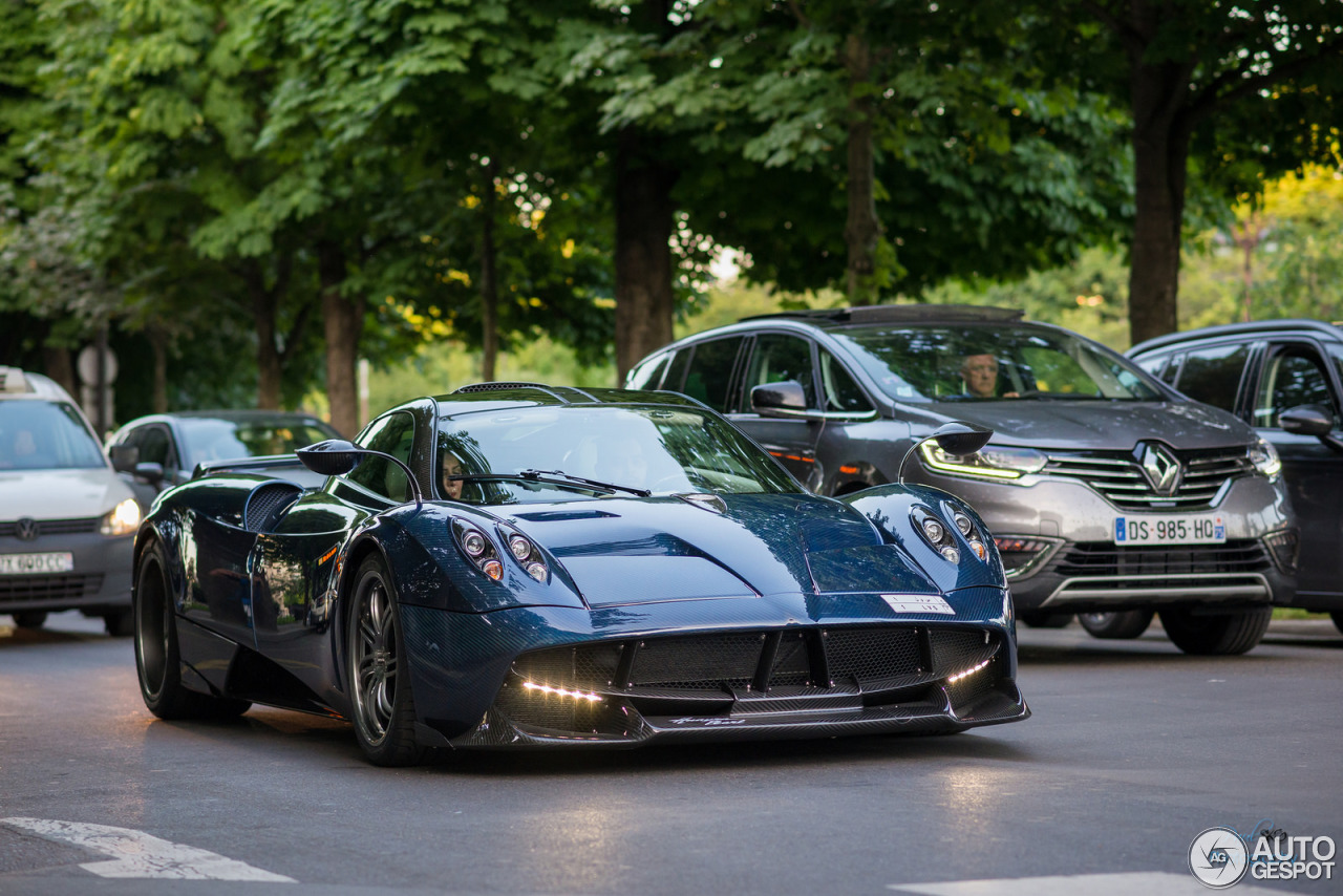 pagani huayra pearl 3 december 2016 autogespot. Black Bedroom Furniture Sets. Home Design Ideas