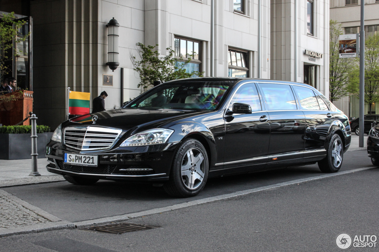 Mercedes benz s 600 pullman 2011 6 dezember 2016 for Mercedes benz c 600